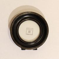 Рамка черная круглая