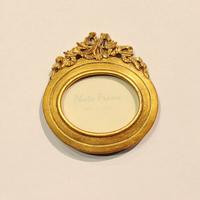 Рамка золотая малая овал