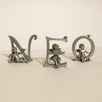 Буквы с ангелами  серебро