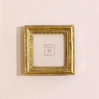 Рамка малая квадратная золото