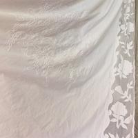 Белая штора с цветами Прованс