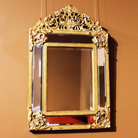 Зеркало настенное декоративное