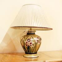 Лампа с орхидеями