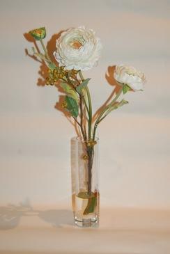Цветочная композиция в вазе